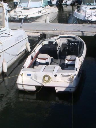 Bayliner 1850 Bowrider 140 pk 3.Oliter Mercruiser