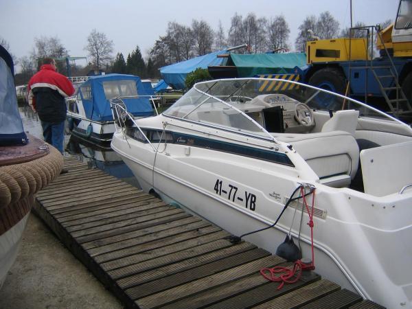 Bayliner 2355 sierra