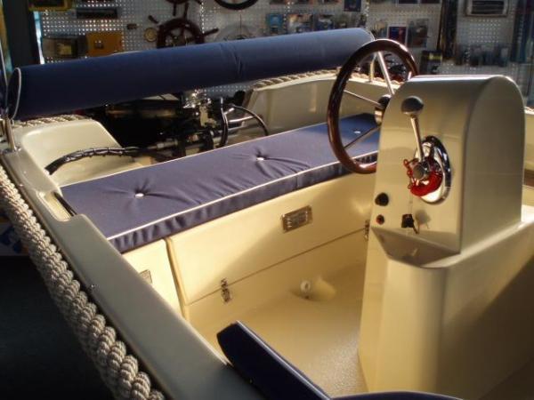 corsiva 470 incl Suzuki 15 pk motor
