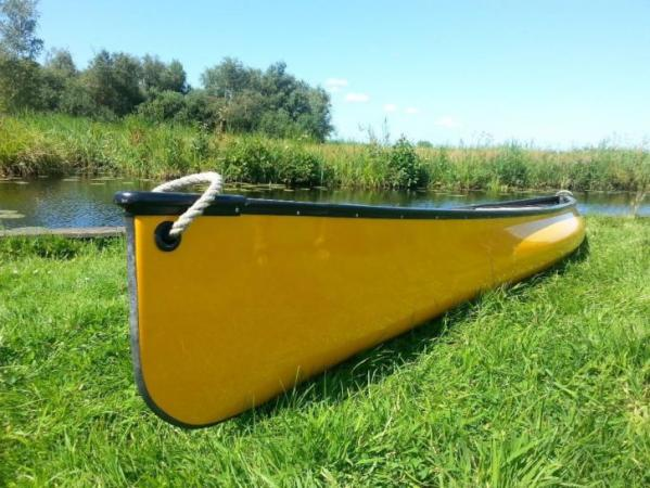 canadese kano te koop 850,00 (snelle solo)