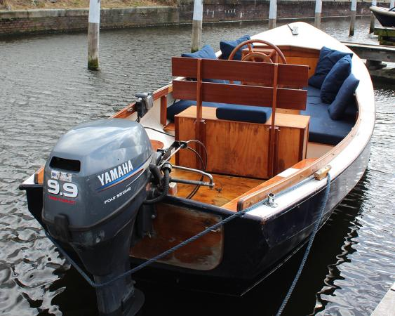 Stalen vlet /grachtenboot, 6.30 m met Yamaha 9.9PK 4-takt