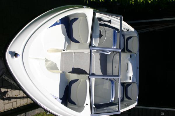 ZGAN Speedboot: Bayliner 175 GT, inclusief gratis trailer