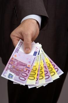 Wij bieden leningen, financiering en investeringen